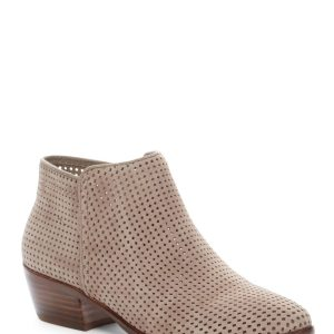 Five Must Have Shoe Styles at Must Buy Prices!